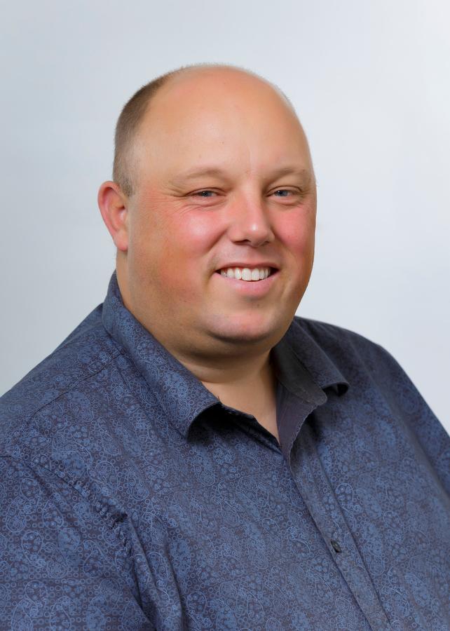 Daryl Robbins, Notary Public